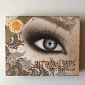 Sigma Beauty Defining Eyes Kit by Tiffany D